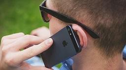 富士通も携帯電話事業から撤退